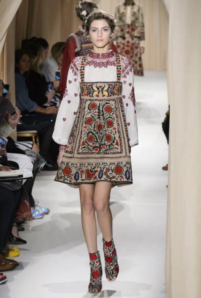 Вишиванки на Тижні моди в Парижі! 301a4d9651f6b